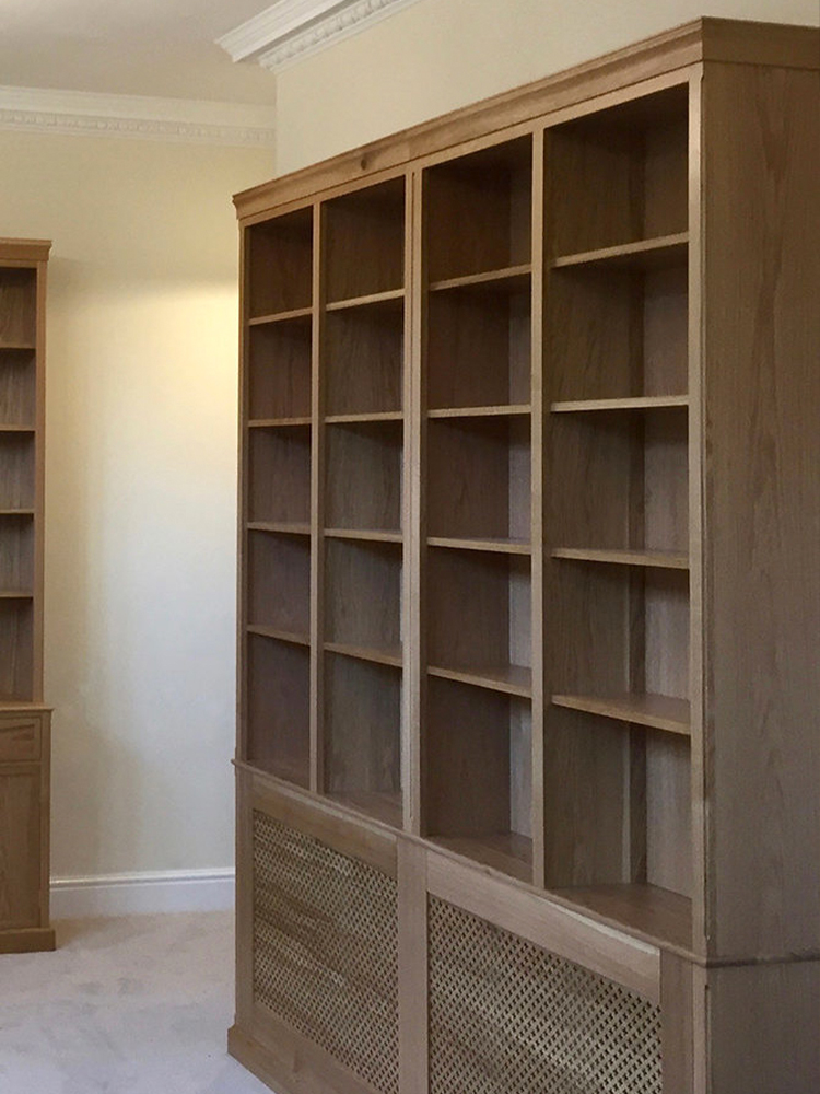 bespoke library shelves by JMW furniture
